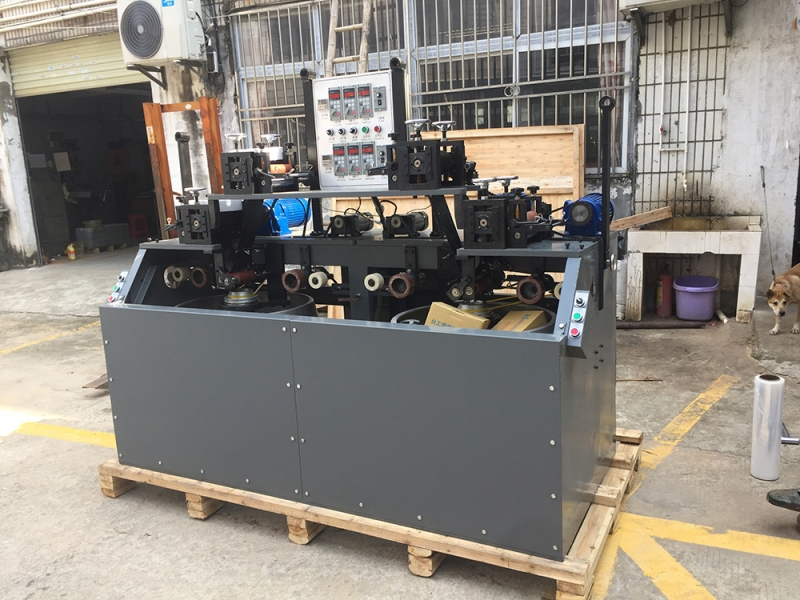 Double cylinder four knife madder machine